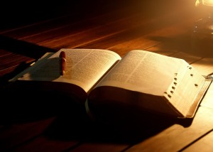 bible-by-candlelight1